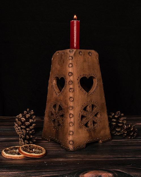 Traditional Yule lamp
