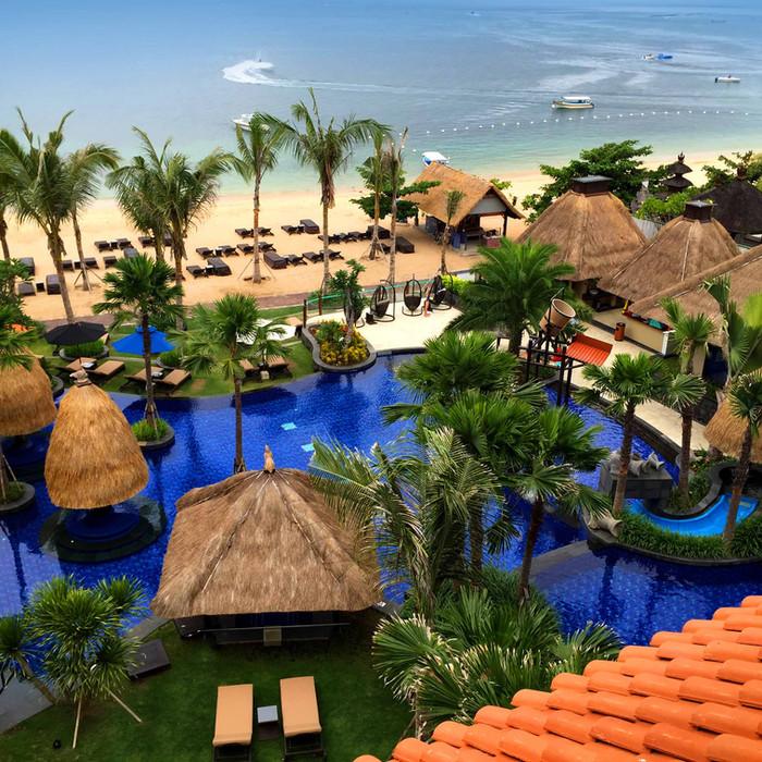 Holiday Inn Resort Bali Benoa is awarded the eTN Honest Travel Award