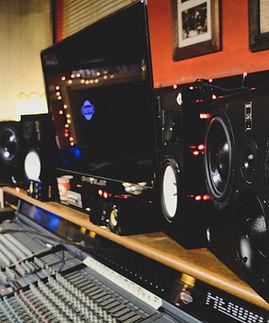 studio 7-2.jpg