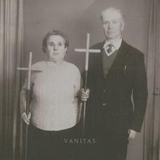 In Twilights Embrace - Vanitas