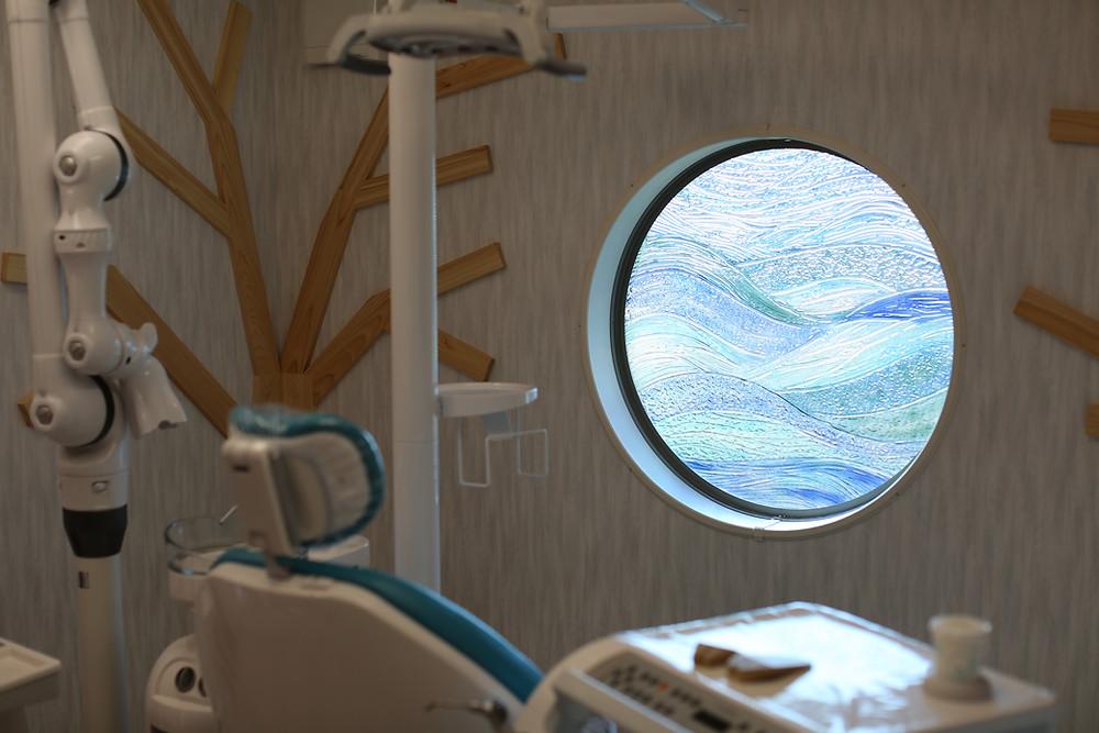 小児診療室 琉球ガラス