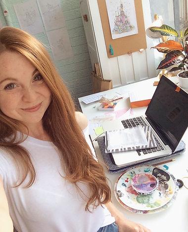 Photo of Emma Oliver illustator