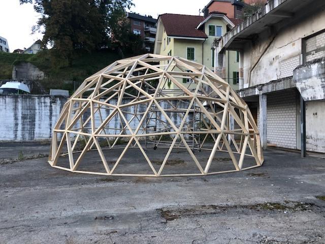 Beispiel: Neun Meter Durchmesser Dom