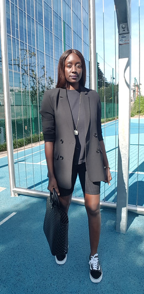 How to create a business casual look