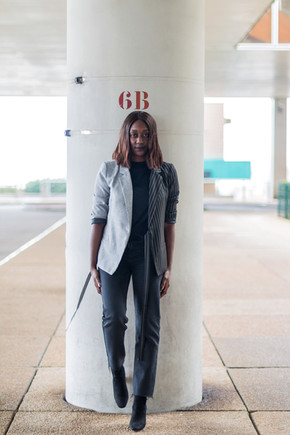 How to style a bicolor blazer