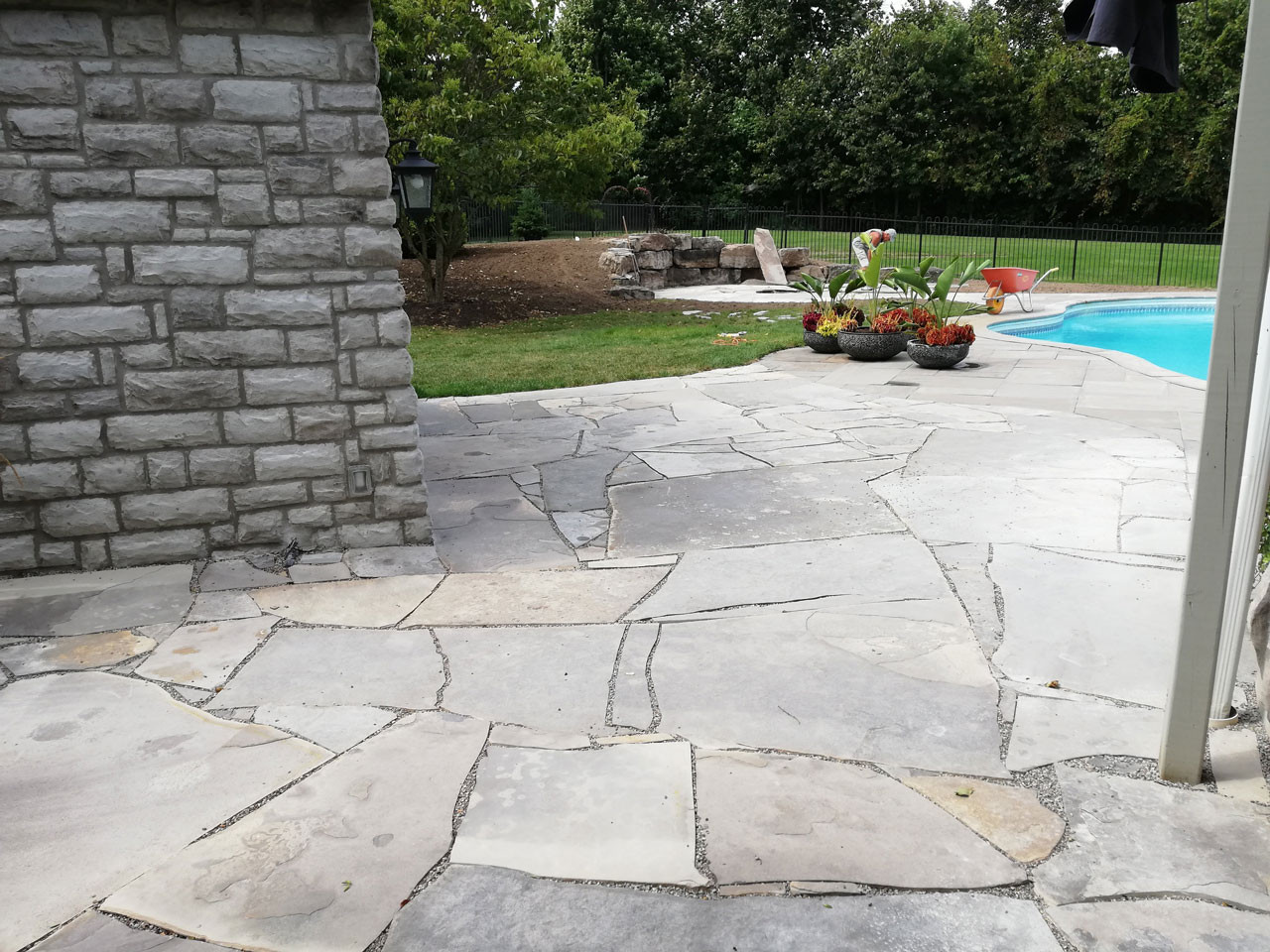Backyare Stone Patio