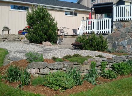 5-pocket-landscape-back-yard.jpg