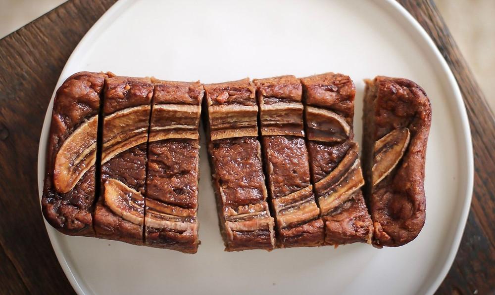 ピーナッツバターとバナナのパウンドケーキ