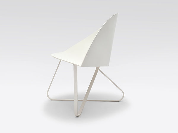 Curved Chair White Web 3.jpg