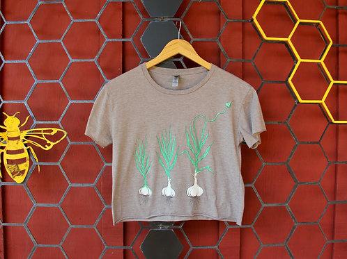 Growing Garlic Ash Grey Crop Ladies T-Shirt