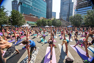 yoga-in-the-square-pittsburgh.jpg