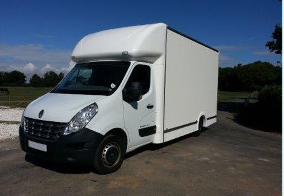 Luton front flyer NEW RENAULT MASTER (00