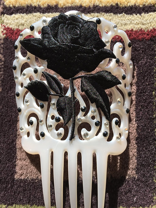 White Hair Comb / Peineta with black applique and quality crystals