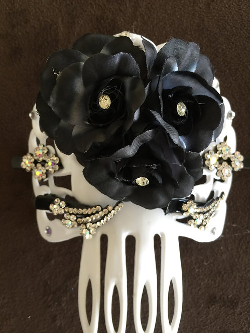 White Hair Comb / Peineta with Crystal and Black Flowers