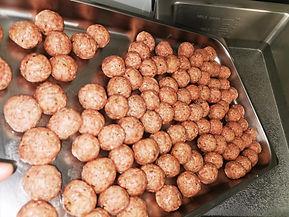 Pasta Et Cetera   balletjes rollen voor hapjes  foodtruck   mobiele pastabar   kruidenballetjes