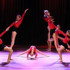 Acro Dance / Tumbling