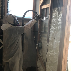 spray foam insulation, thermal, contractor doing spray foam job