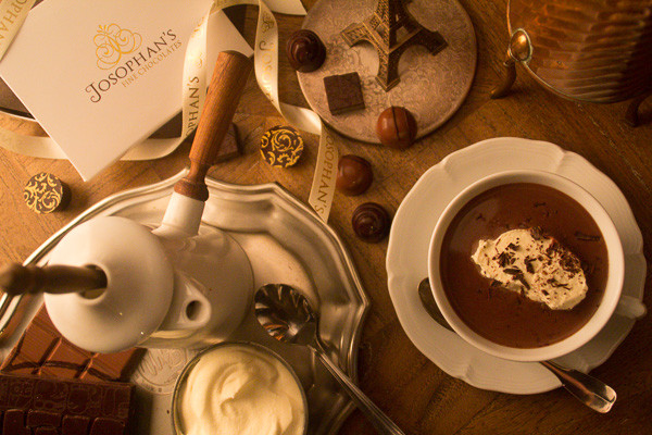 French Style Hot Chocolate                           - Chocolat Chaud