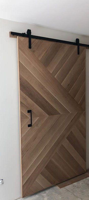 דלת הזזה בסגנון אסם מעץ אלון