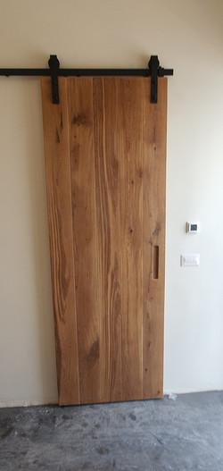 דלת אסם אלון אירופאי