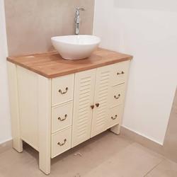 ארונית אמבטיה משולבת דלתות תריס גמר