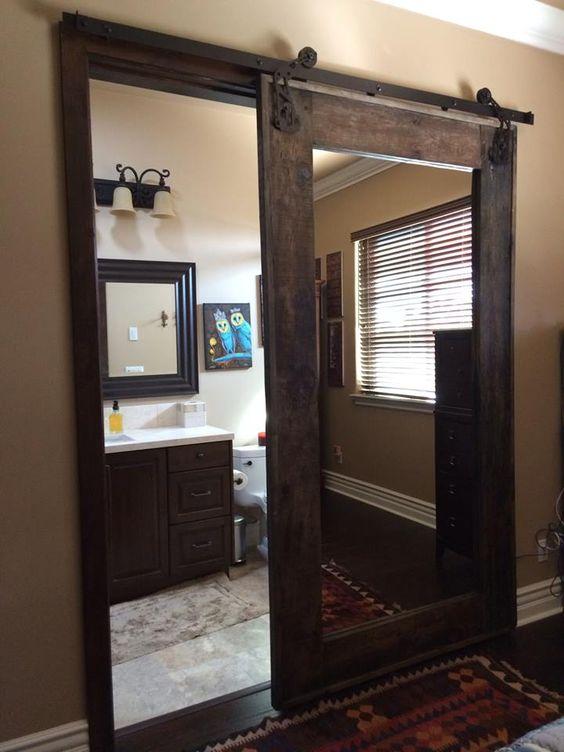 דלת אסם משולבת מראה עץ טבעי