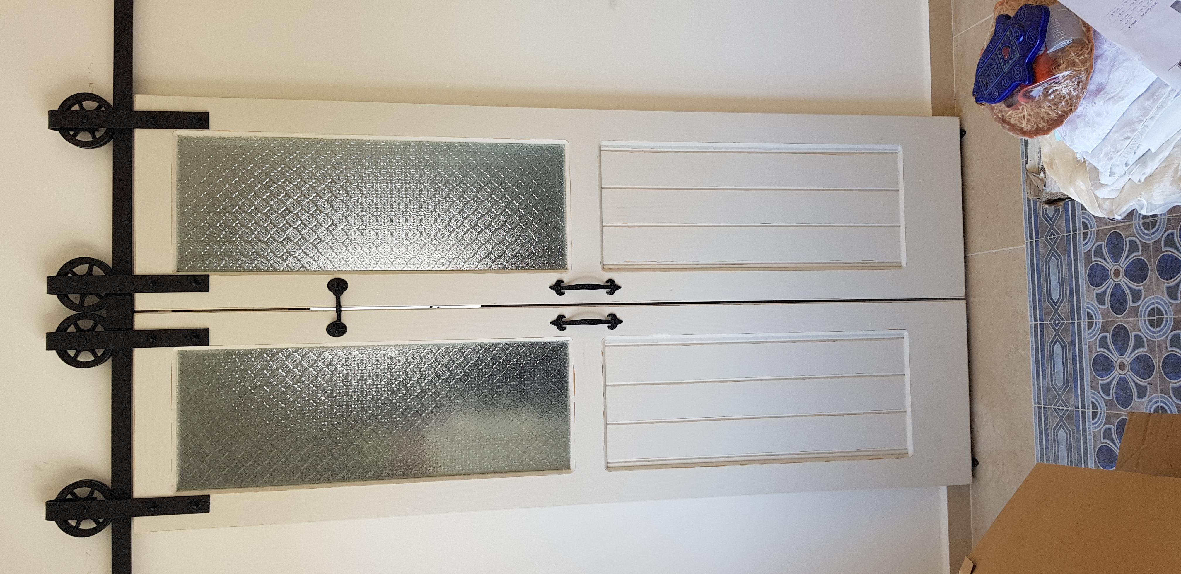 דלתות הזזה למזווה
