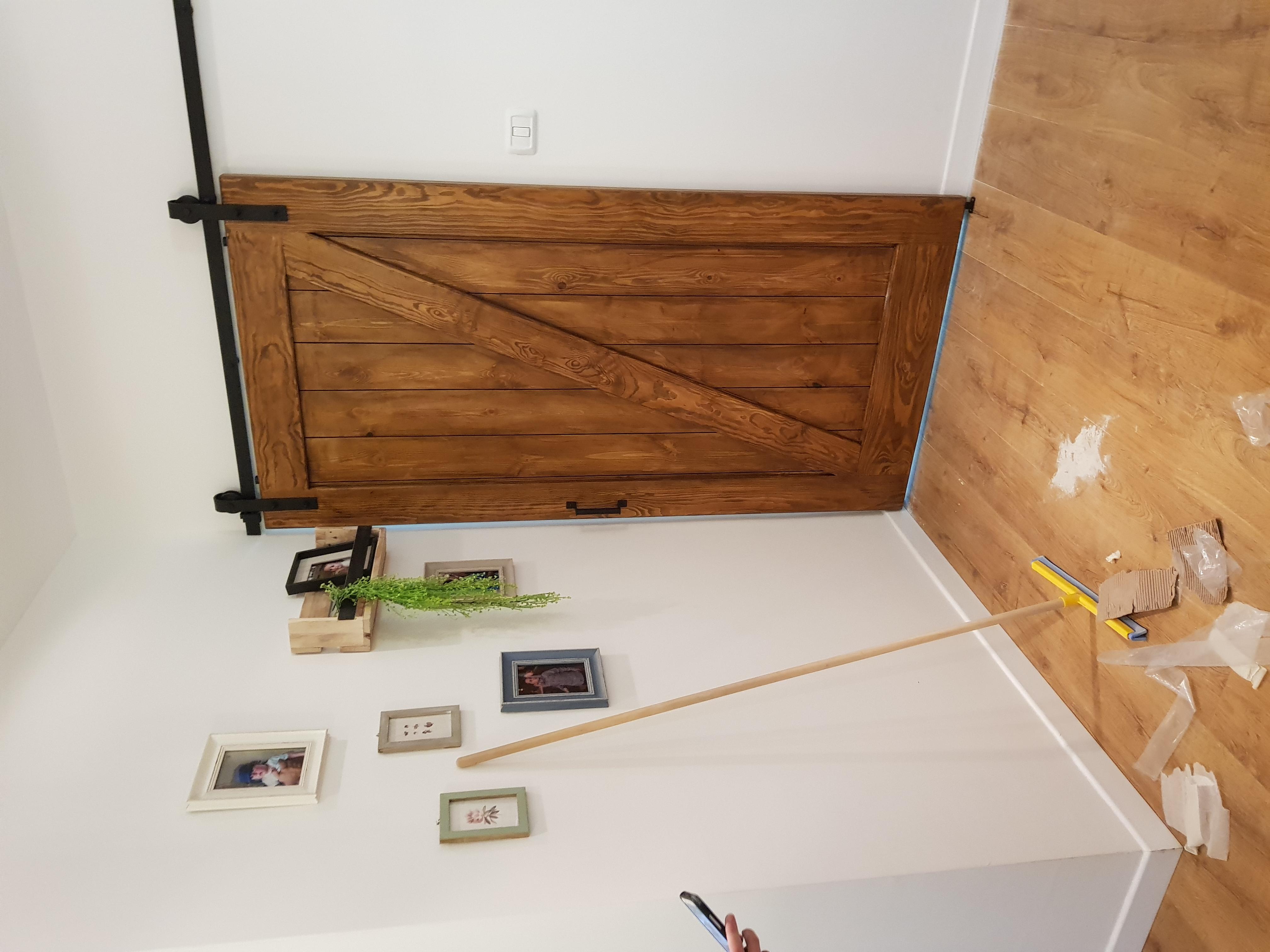 דלתאסם עץ גלוי