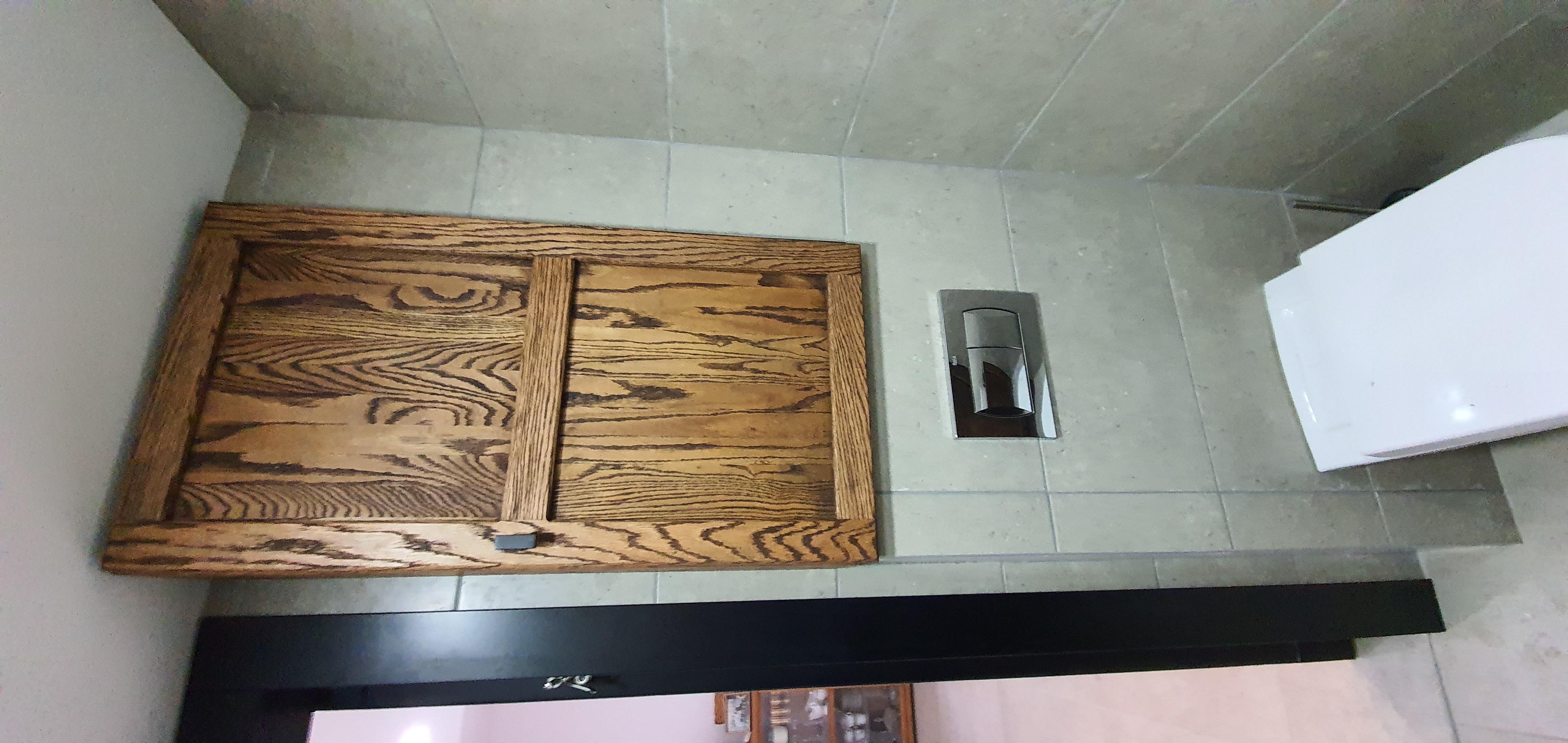 ארונית עץ לאמבטיה
