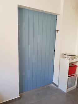 דלת הזזה מחורצת