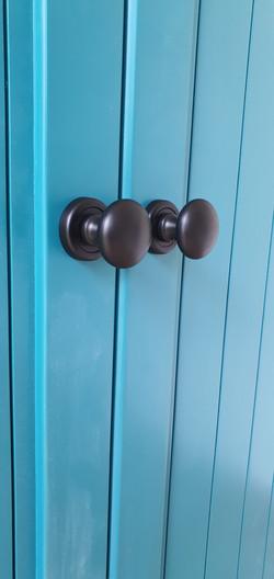 ידיות לדלתות אסם