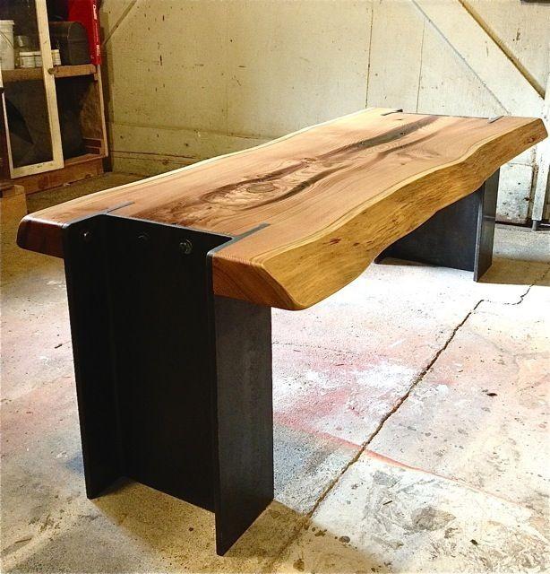 ספסל עץ משולב מתכת