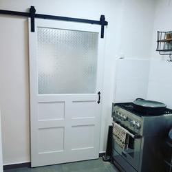 דלת אסם בסגנון צרפתי