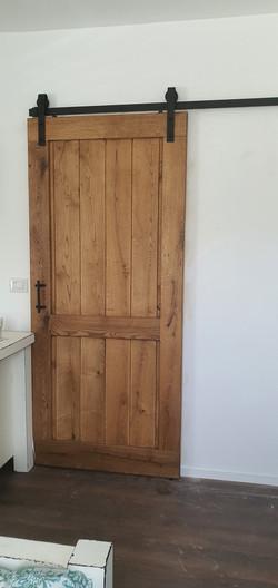 דלת אסם אלון מבוקע גושני