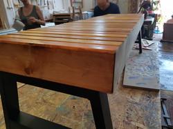ספסל עץ