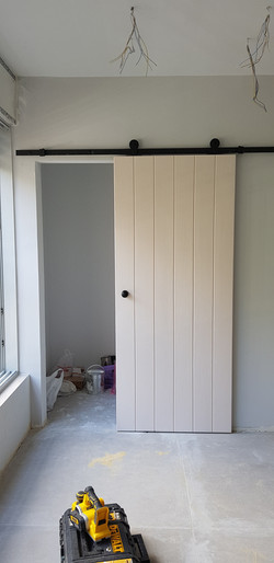 דלת אסם סטריפים