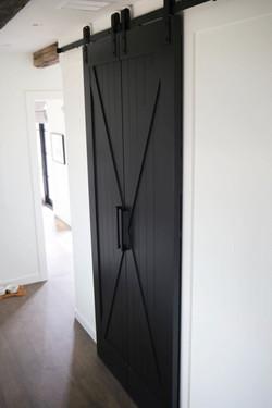 זוג דלתות אסם X ללא פאנל במרכז