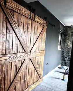 דלת אסם כפולה פאנל חצוי עם אלכסונים