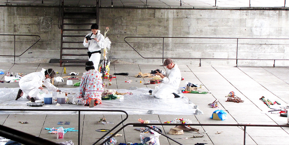 Form Laboratory | Performers: Les Joynes e Kabila Aruanda | MUBE, São Paulo, 2012.