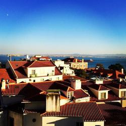 O céu de Lisboa! O mar e o mergulho em mim! #deslocamento #vistasuaexistência #uapresidence #photo #