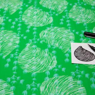 Green_fabric_post-it.jpg