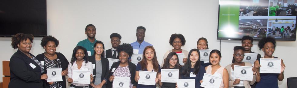Graduation group picture.jpg