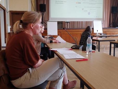 """AG """"Frauen in Trennung"""" im BVV-Ausschuss"""