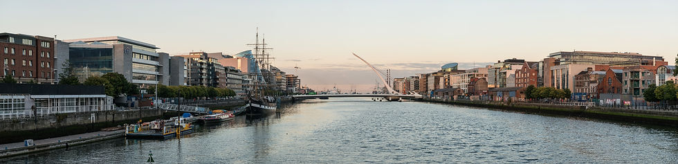 Panoramic_View_of_River_Liffey_and_Samue
