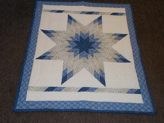 Radiant Star Quilt by Artisan Susan Hoffman