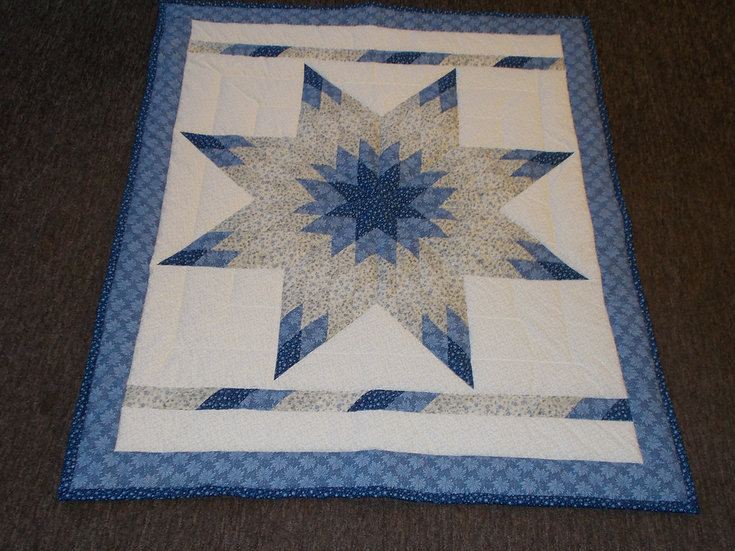 Radiant Star Quilt, 44 x 56