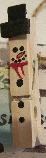Clip Snowman Holiday Pin