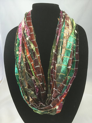 Emerald Ribbon Necklace