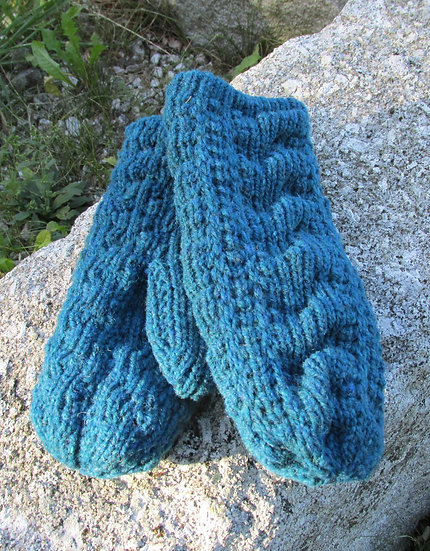 Cable Mitten, Peacock