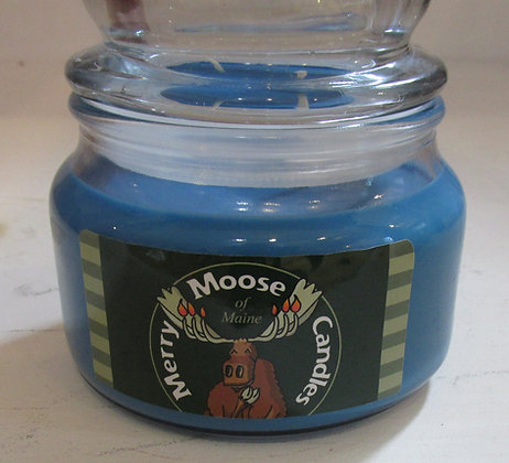 Wild Maine Blueberry Soy Candle by Artisan Merry Moose Candles